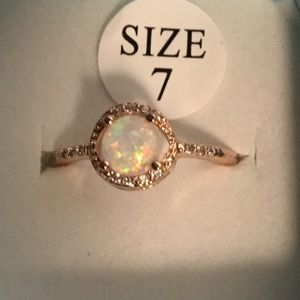 Round Cut Fire Opal Cubic Zirconia Ring, Sz 7